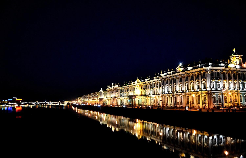 Для влюбленных в Петербург