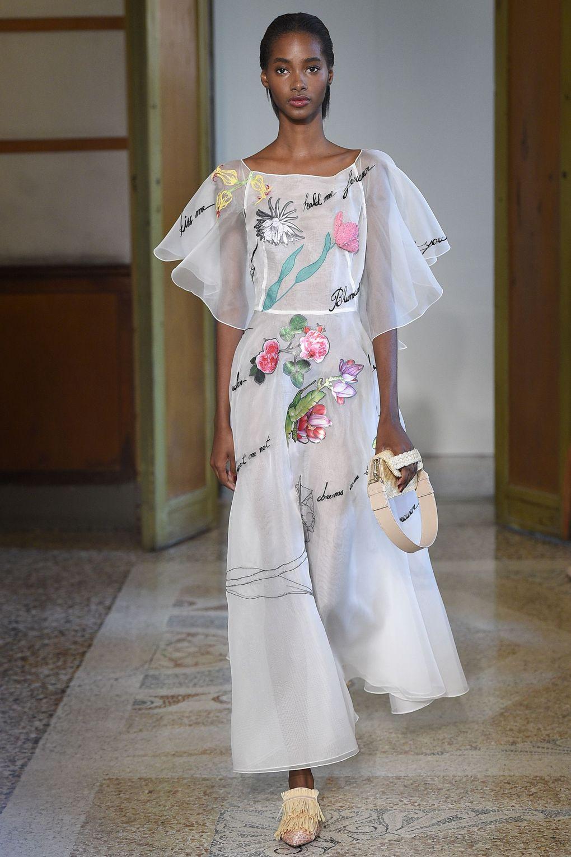 Blumarine. Топ-10 вдохновляющих платьев этого лета