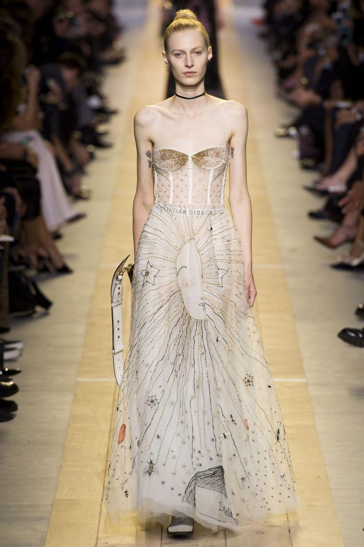 Christian Dior. Топ-10 вдохновляющих платьев этого лета