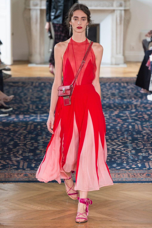 Valentino. Топ-10 вдохновляющих платьев этого лета
