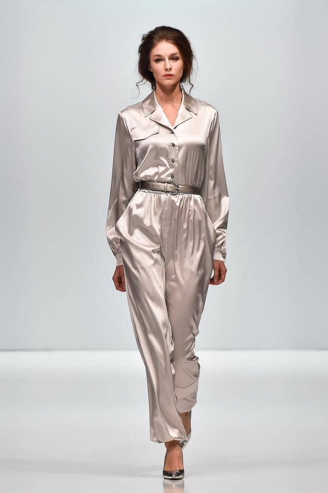 Номер «17» : новая коллекция Елены Шипиловой на Неделе моды в Москве