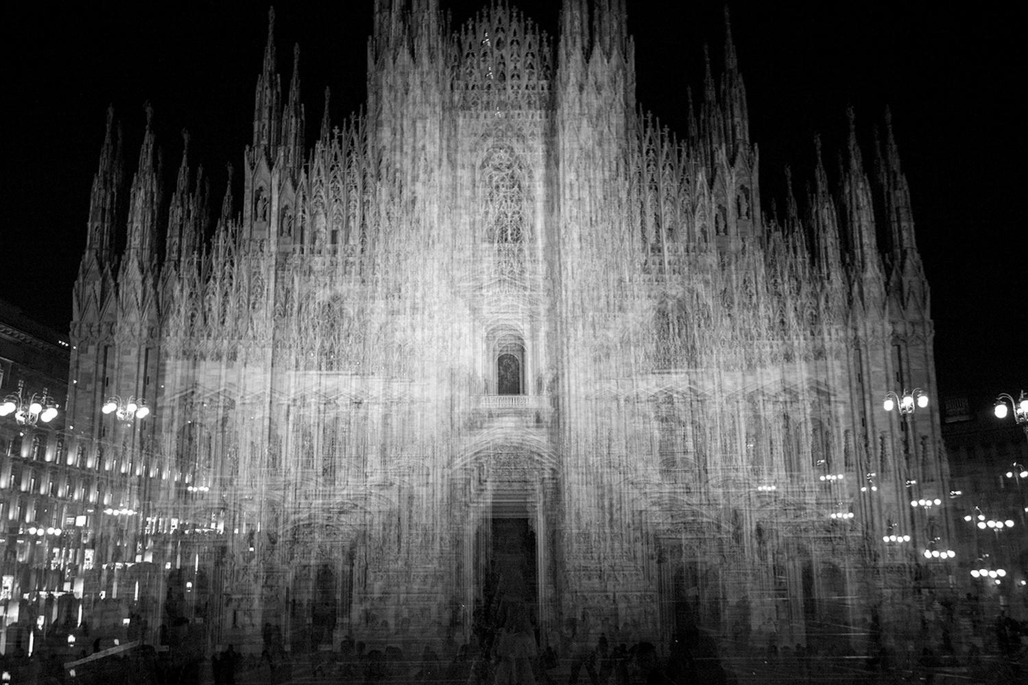 «Сосветомво взгляде» - выставка МаурициоГаббана в арт-галерее «К35»