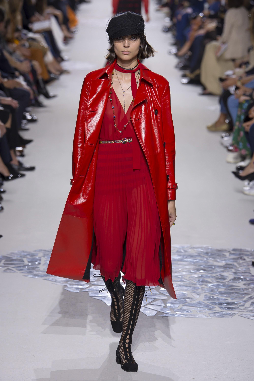 Модный дайджест: плащи. Christian Dior, Весна-Лето 2018