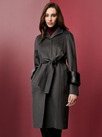 В ритме мегаполиса: пальто Pompa