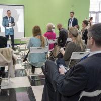 Немецкая компания4Deluxe провела презентацию эксклюзивных массажных кресел