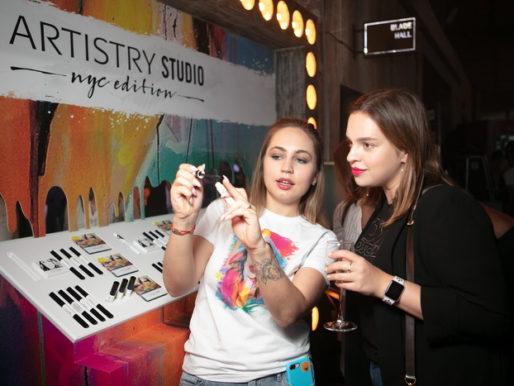 Запуск новой коллекции декоративной косметикиARTISTRY STUDIO™