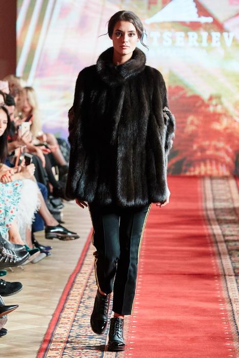 Показ новой коллекции FW 2018/19 мехового бренда Gutseriev & Maximova