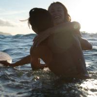 Moose Knuckles запускает рекламную кампанию 'Surf Rodeo'