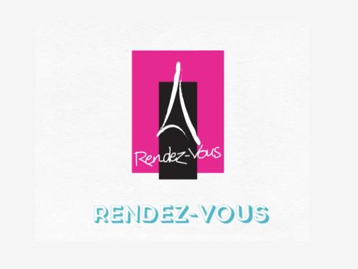 КомпанияRendez-Vousсмонтировала детскую площадку из переработанной обуви